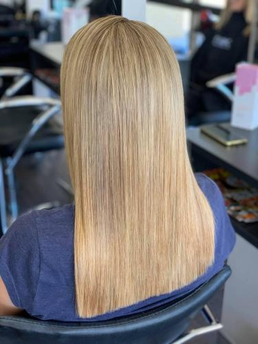 blonde specialists hairdressers browns plains hairz rock
